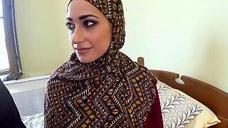 Arab woman in hijab has sex with big man