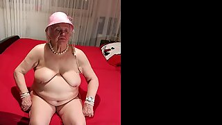 OmaGeiL Hot collection of Naughty Mature Pictures