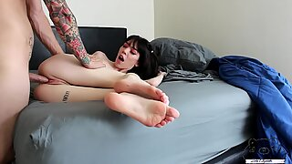 Leda Elizabeth Takes Big Dick in Amateur Hookup
