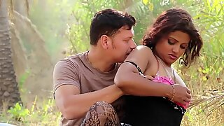 Hot Desi Shortfilm 247 - Farzana Boobs Kissed in Pink Bra, Navel Kissed