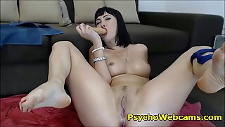 Moms Pussy Leaking and Squirting for Dick