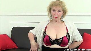 Babička je Libido spiked, protože zasáhla šedesát