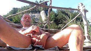uncut bear outdoor orgasm