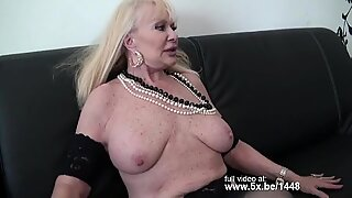 French granny Irma fucked in a threesome