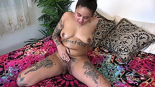 Chubby Inked Babe With Hairy Cunt