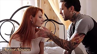 SweetSinner - Dude Fucks His New Step Sis Lacy Lennon & Cums On Her Pussy