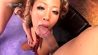 Two Dicks and Champagne (Uncensored JAV)