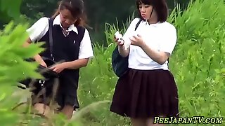 Bizarre asian teenager watched peeing