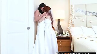 Dolly and Kymberlee have a fuckfest after getting married